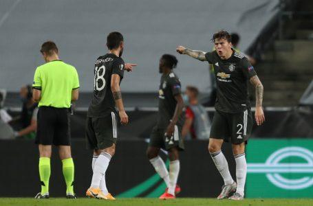 Tempers flare between Man United teammates